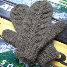 Green_leaf_mittens_009