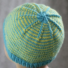 Sunny_stripes_hat_-_small