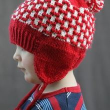 Double_pom_earflap_hat_cover_small