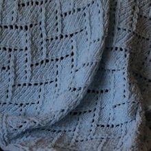 Bricklayer's_lace_baby_blanket_cover_small