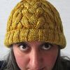 Juxtapose_a_cabled_beanie_free_knitting_pattern_by_underground_crafter