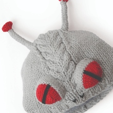 Alien-free-knitting-pattern-by-vanessa-mooncie-from-monster-hats-via-underground-crafter-4