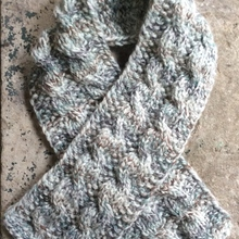 Seeds_and_cables_scarf_free_knitting_pattern_by_underground_crafter_1