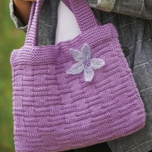 Flower-basket-bag-free-knitting-pattern-by-sian-brown-via-underground-crafter-1